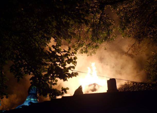 При пожаре в центре Краснодара пострадали люди
