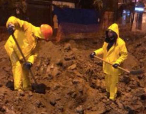 «Респект, мужики!»: в Краснодаре рабочие стали круглосуточно делать ремонт на Тургенева