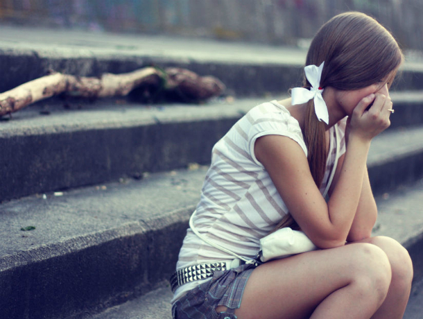 Конфуз: наКубани девушка выпала издвижущейся маршрутки