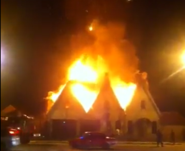 ВНовороссийске горел личный дом