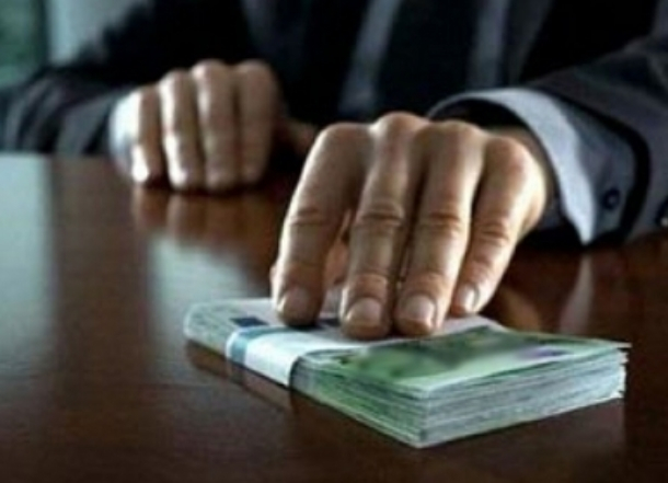 В Краснодаре подозревают в коррупции жену сотрудника администрации морпортов