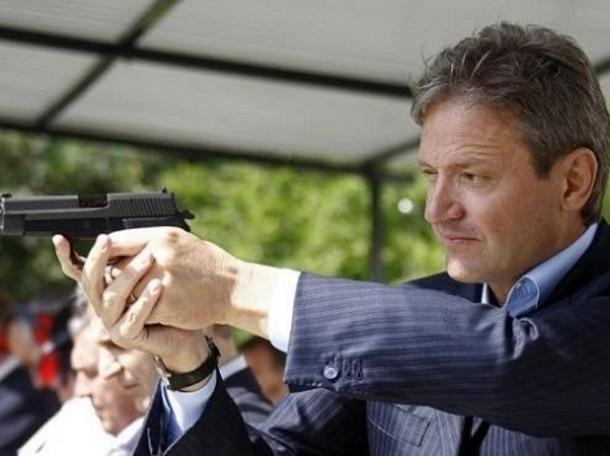 Кому выгодно «мочить» Александра Ткачева, рассказал эксперт из Краснодарского края