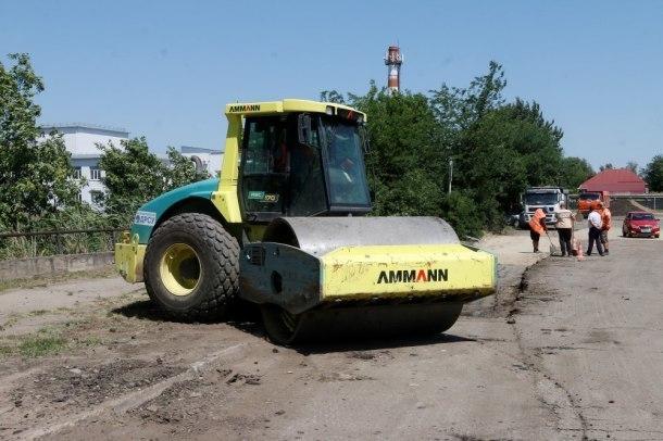 В краснодарском поселке Индустриальном отремонтировали дороги