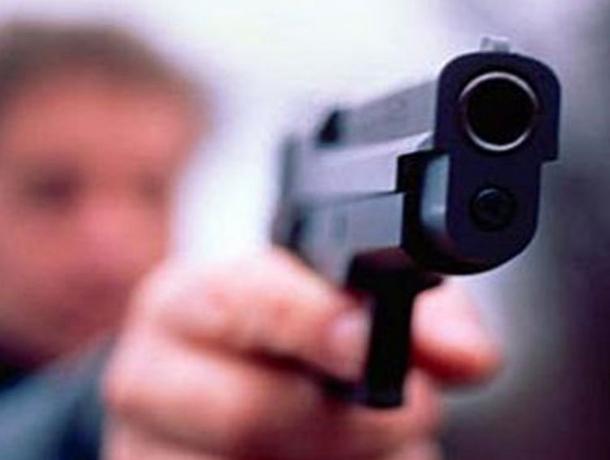 ВСочи мужчина наулице расстрелял женщину ивыстрелил всебя