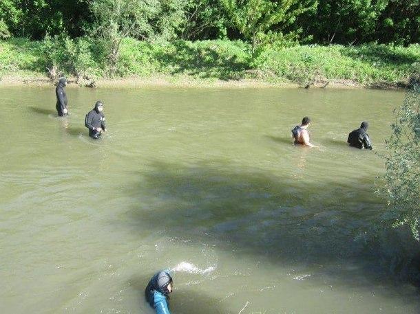 Один ребенок, унесенный рекой Сочи, погиб