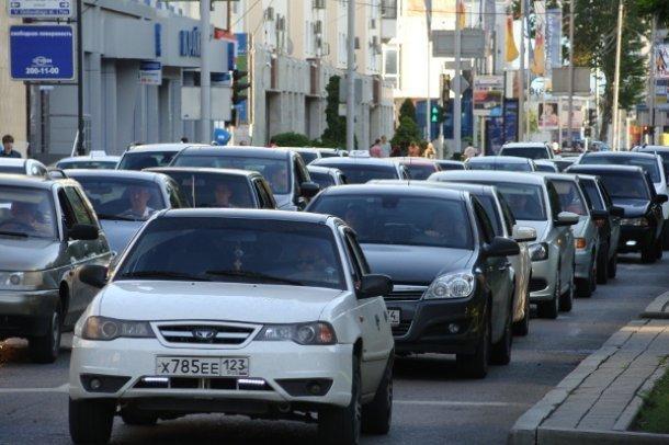 В Краснодаре прогнозируются рекордные по длине пробки