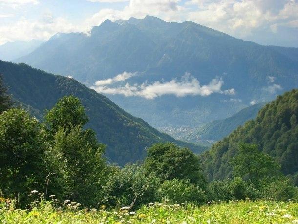На поиски пропавшего в горах Сочи мужчины брошены дополнительные силы