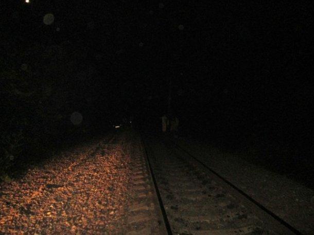 За пару часов в Крымском районе два человека попали под поезд