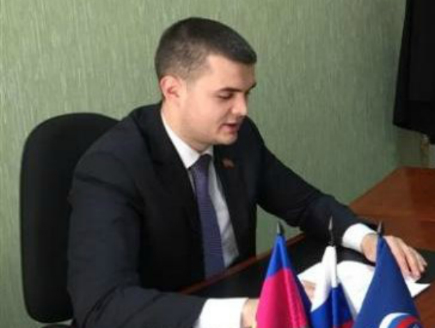 Сын «золотой судьи» Елены Хахалевой не стал депутатом Кубани