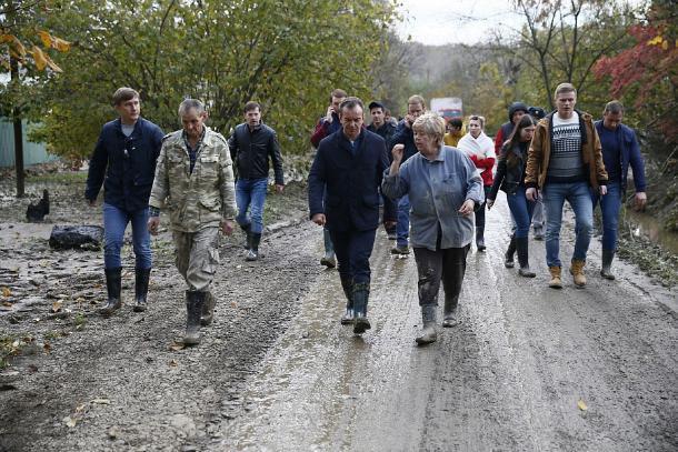 Губернатор Кубани провел заседание штаба по ликвидации последствий ЧС