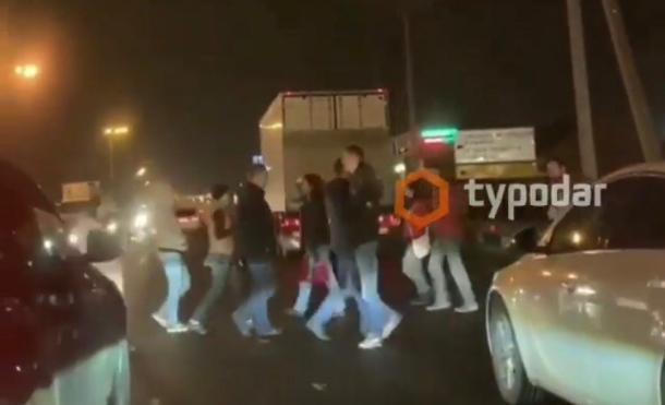 Краснодарцы перекрыли Ростовское шоссе из-за отсутствия в их домах света и газа