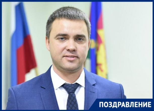 День рождения отмечает министр ТЭК и ЖКХ Кубани Евгений Зименко