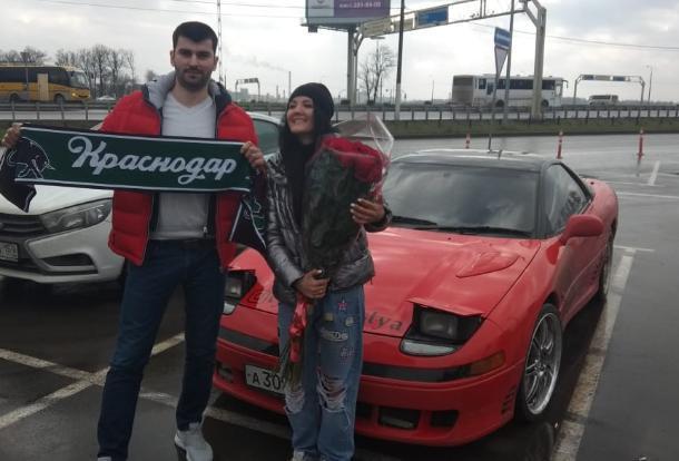 Автоблогер Настя Туман подарила машину подписчику из Краснодара