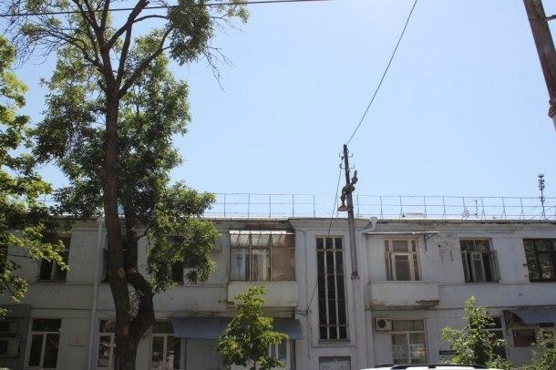 В сгоревшем доме на Рашпилевской в Краснодаре восстановили крышу