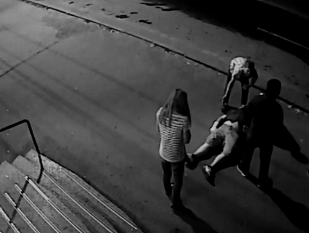 ВКраснодаре мужчину избили уресторана впроцессе семейного празднества