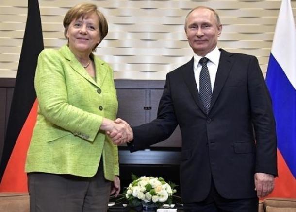 Владимир Путин встретится с Ангелой Меркель в Сочи