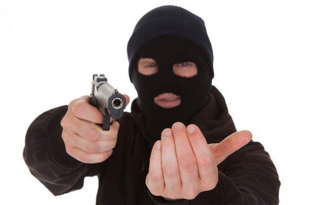 ВКраснодаре задержаны пятеро мужчин поподозрению всерии разбойных нападений