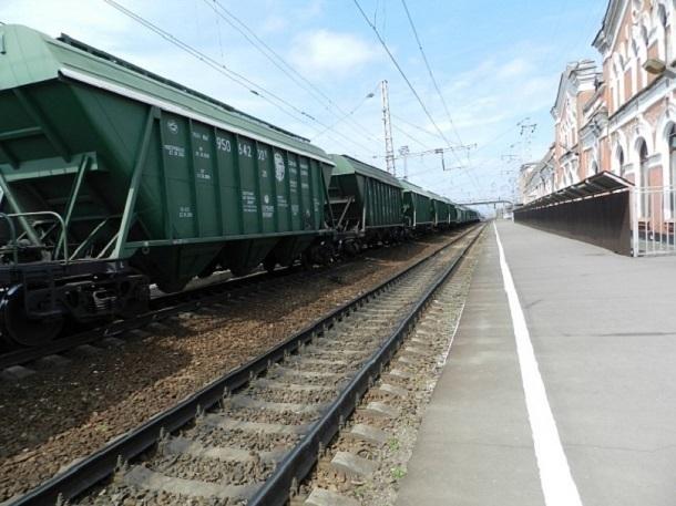 Кубанца накрыше зерновоза на ж/д станции Тихорецкая убило током