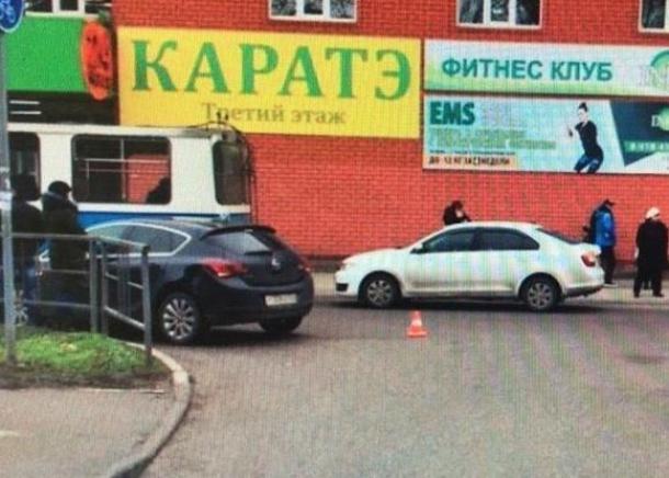 В Краснодаре иномарка сбила 56-летнюю женщину