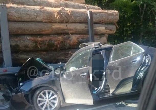 ДТП с фурой унесло жизни троих в Краснодарском крае