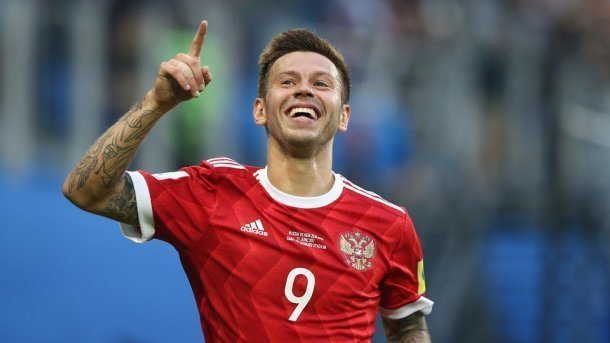 Тренер сборной России считает, что Смолов останется в «Краснодаре»