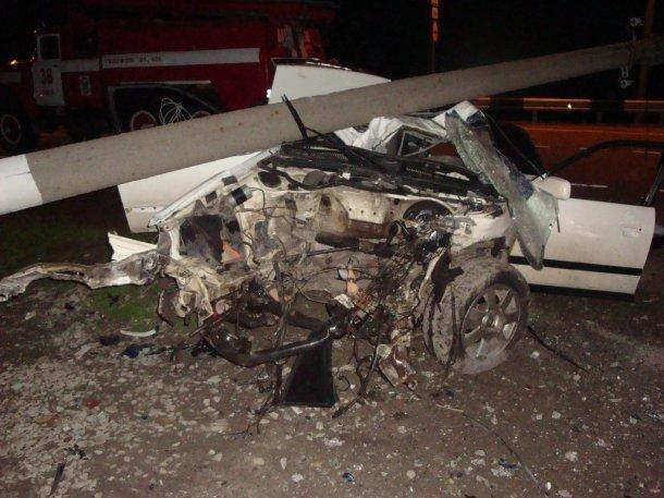 Встолкновении Ауди сКамАЗом под Ейском умер 1 человек