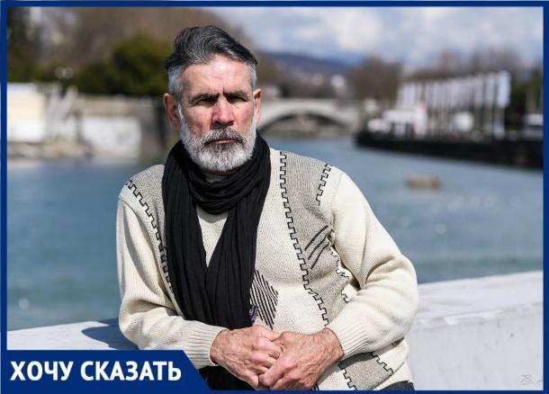 «Если послужу примером для окружающих, буду рад», - 61-летний чемпион России по гиревому спорту из Сочи