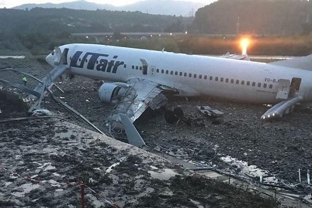 Названа возможная причина аварийной посадки Boeing в Сочи