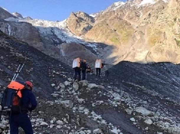 В горах Северной Осетии ищут трех краснодарских альпинистов