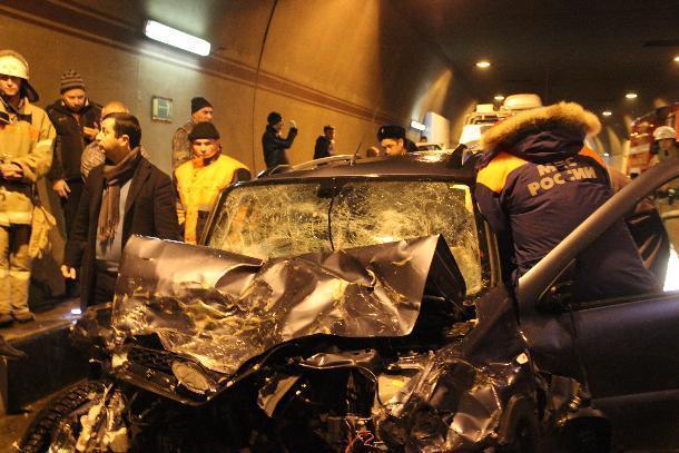 ВСочинском тоннеле столкнулись три автомобиля: имеется пострадавший