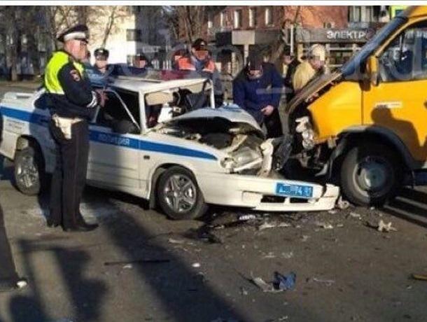 «Отомстил за штрафы»: маршрутчик протаранил машину ГИБДД в Краснодарском крае