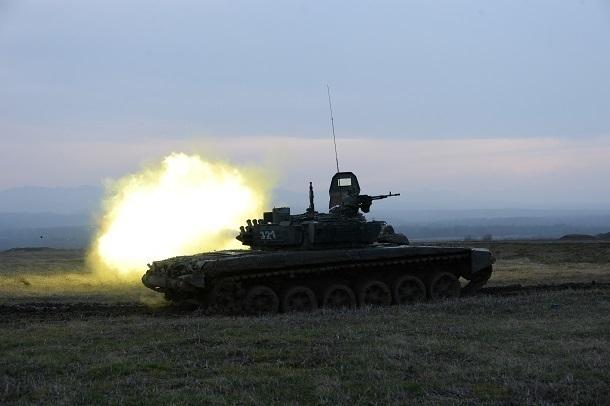 Около 200 военных на Кубани и Ставрополье готовятся к танковому биатлону