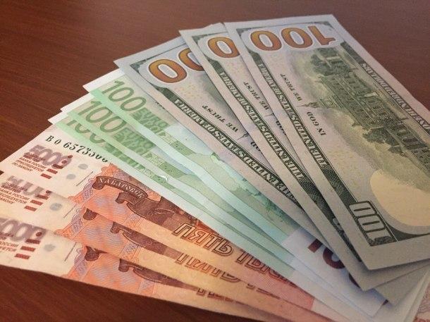 За получение взятки под суд пойдет замначальника одного из кубанских подразделений РЖД