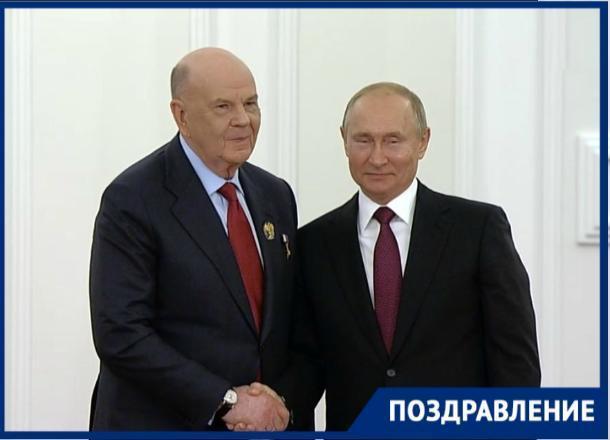Путин вручил Государственную премию главврачу краснодарской больницы Владимиру Порханову