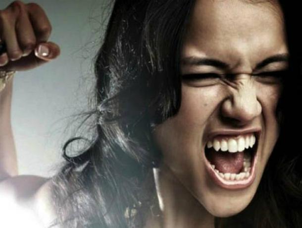 Ростовчанка впроцессе ссоры 30 раз ударила приятельницу ножом
