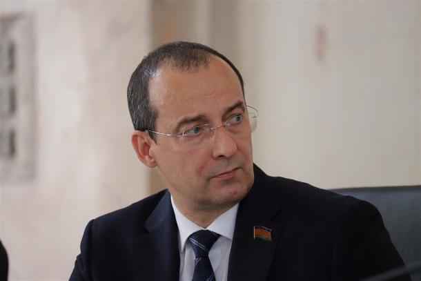 Юрий Бурлачко подвел итоги работы парламента Краснодарского края перед каникулами