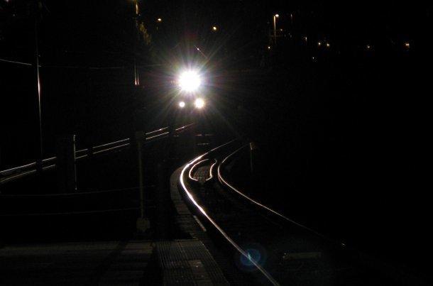 НаКубани пассажирский поезд «Иркутск-Анапа» насмерть сбил 23-летнего молодого человека