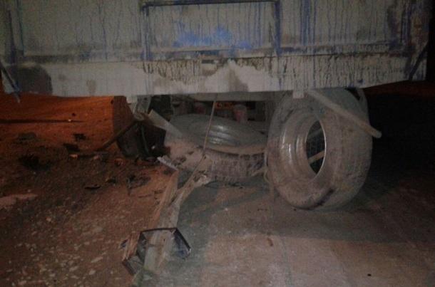 ВКрасноярском крае оторвавшееся колесо КамАЗа попало впешехода