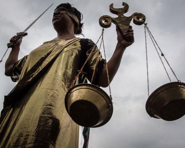 Юрист вКореновском районе обманул местных граждан на200 тыс. руб.