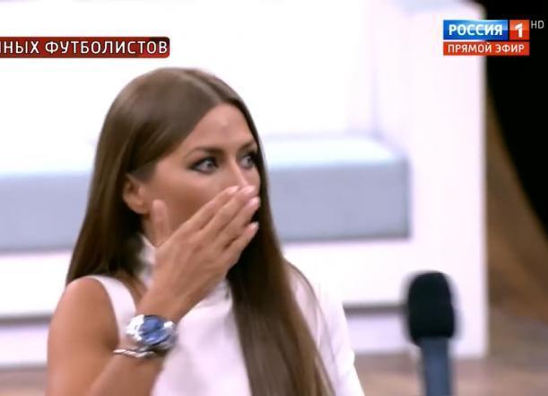 Звезда «Дома-2» выругалась матом у Малахова, защищая полузащитника «Краснодара» Мамаева
