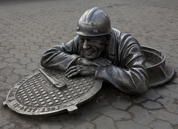 Около тысячи люков и решеток украли за год в Краснодаре