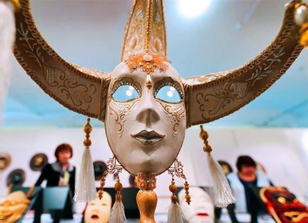 Венецианские и карательные маски дадут примерить в Краснодаре