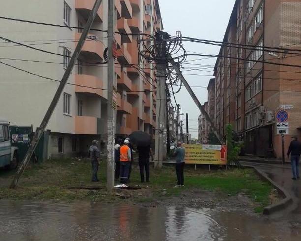 В Краснодаре 30 домов находились без электричества целые сутки