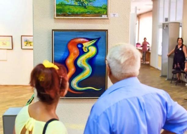 Выставка картин пациентов психиатрических стационаров открылась в Краснодаре