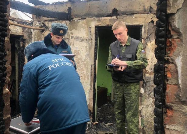 При пожаре в Краснодаре погибла 7-летняя девочка, а ее брат получил ожоги