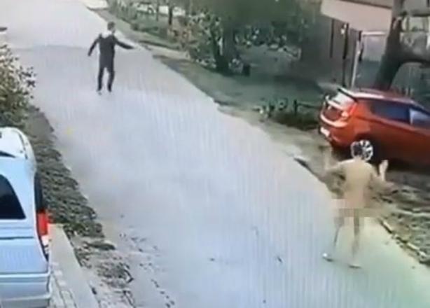 Голый «Терминатор» на улице напугал жителей Краснодара