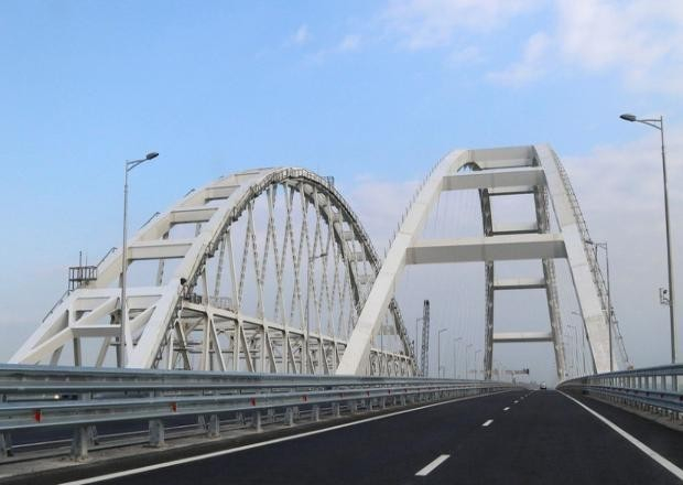 Движение по Крымскому мосту во время учений перекрывать не будут