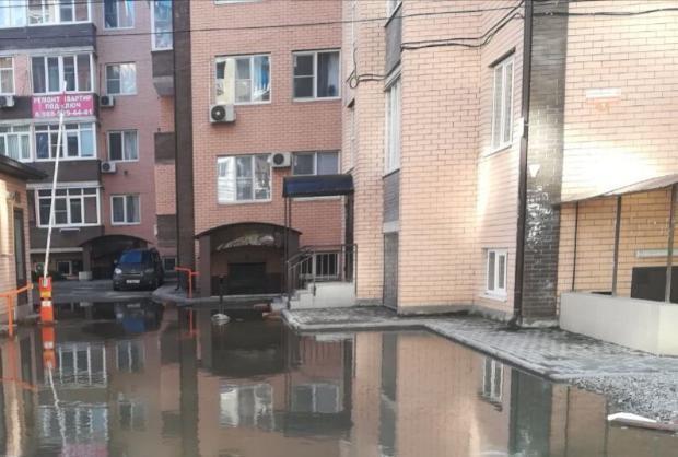 Виноваты застройщики и жители в потоках фекалий в Краснодаре