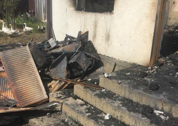 Семье погибших мальчиков в пожаре под Краснодаром помогут городские власти