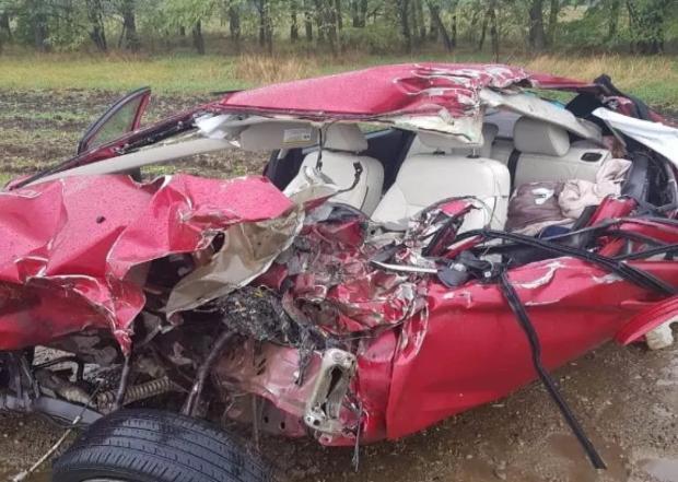 На Кубани пенсионерка погибла, врезавшись на авто в КамАЗ